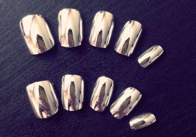 накладные ногти для зеркального маникюра