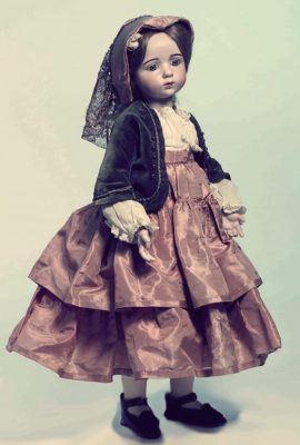 кукла антикварная