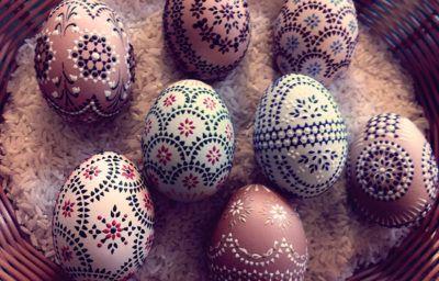 Как оригинально украсить яйца к Пасхе: 6 способов