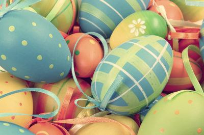 Как оригинально украсить яйца к Пасхе