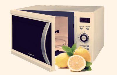 Как быстро очистить микроволновую печь
