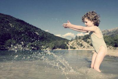 закаливание детей летом