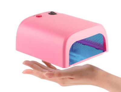 Как выбрать лампу для сушки ногтей