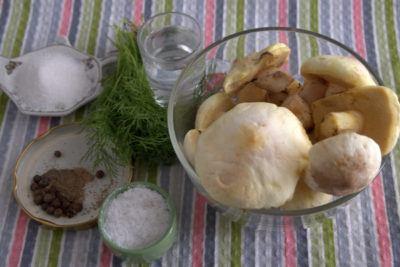 маринованные маслята ингредиенты