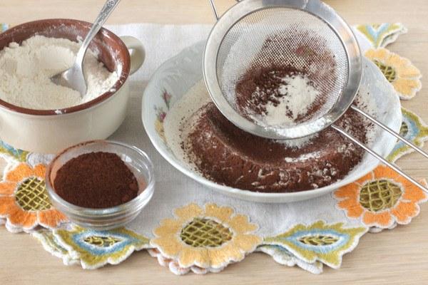 Шоколадная королевская ватрушка с творогом в духовке - рецепт с фото
