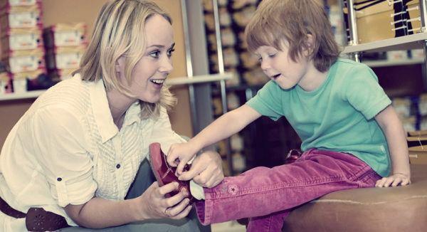 На что обратить внимание при выборе детской обуви