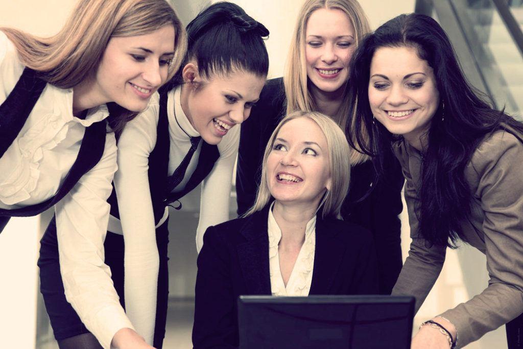Как женщине выжить в женском коллективе