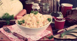 Салат из свежей капусты и моркови с уксусом и маслом рецепт с фото