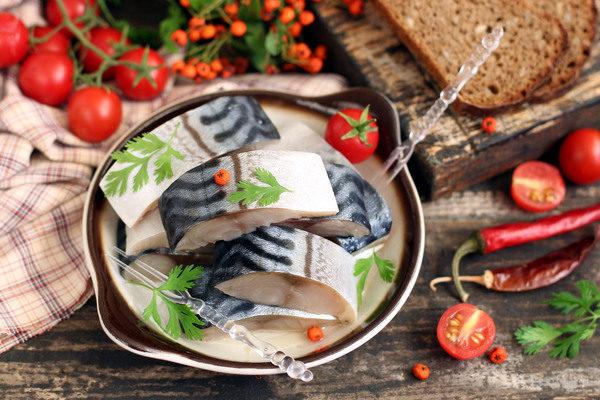 скумбрия соленая в домашних