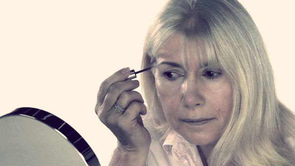 возрастной макияж брови