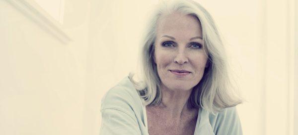 Возрастной макияж для женщин старше 50 лет