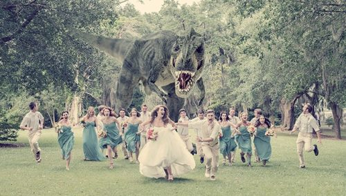 //zhenskayadolya.ru/wp-content/uploads/2016/10/fantasy-wedding-photographs-by-hagen-landsem-similar-to-this-image-by-quinn-miller-of-a-roaming-dinosour-chasing-the-wedding-couple-1.jpg