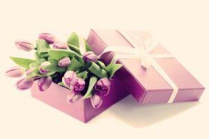 Романтические подарки на 8 марта