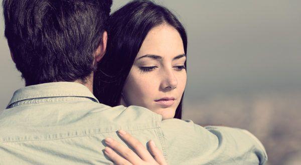 Как реагировать, если мужчина признался в любви