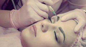 Как женщине найти «своего» мастера перманентного макияжа
