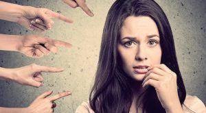 Обесценивание в психологии